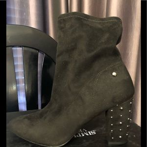 NWT Simply Vera Wang Dallas Boots Black